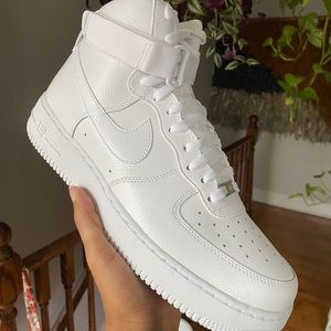 Men's Nike Air Force 1 High '07 Sneakers
